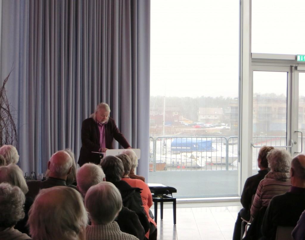 Per Edgar Kokkvold i Elvesalen 18.februar.   (Foto: Senioruniversitetet)