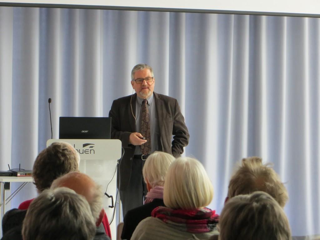 Professor Ole Moen i Elvesalen 9. mars 2016 (Foto: Senioruniversitetet)