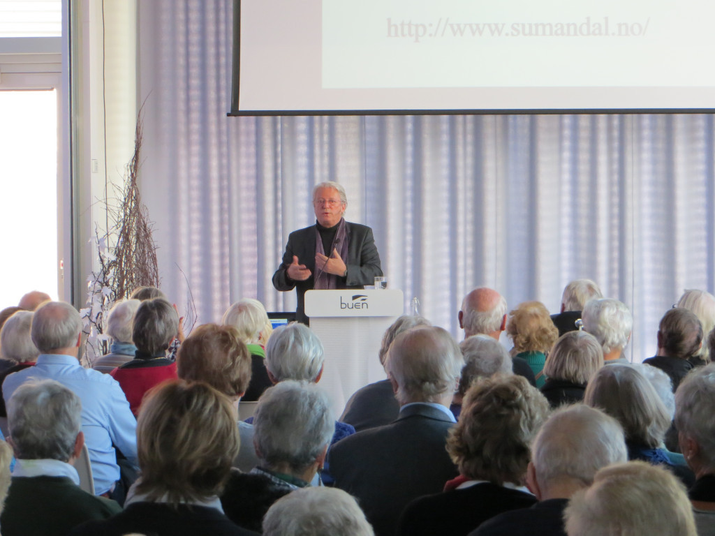 Christian Borch i Elvesalen 23 nov. 2016 (Foto: Senioruniversitetet)